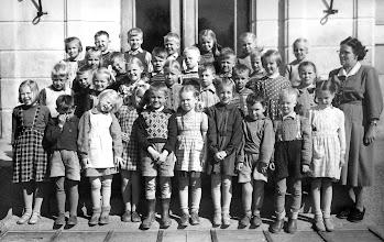 Photo: 1952-53 Ruuskasen luokka, Cycnaeuksen koulu