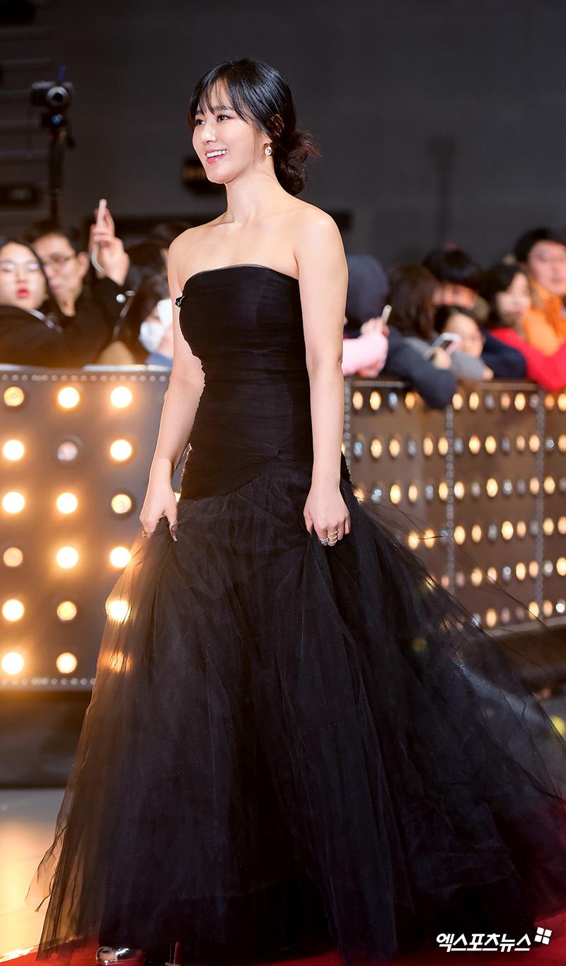 yuri gown 8