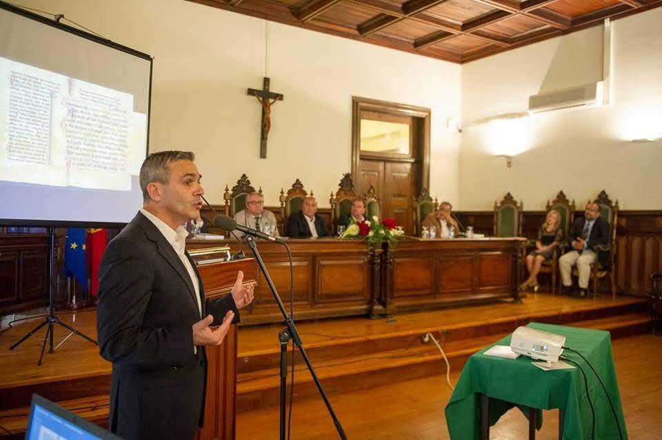 Paulo Barradas apresenta