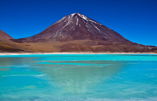 Bolivia-Lagoon - The turquoise views of the Green Lagoon in Bolivia.