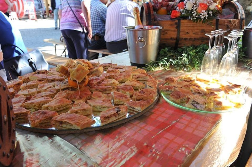 Feira da Bôla de Lamego juntou folclore à gastronomia