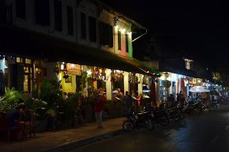 Photo: มาเดินเล่นตลาดมืด