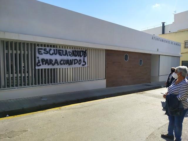 Edificio municipal en el que debe ir la Escuela de Adultos