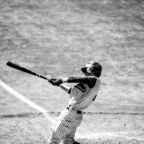 by Daniel MARTINEZ - Sports & Fitness Baseball