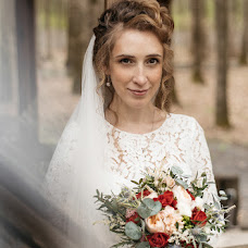Wedding photographer Anya Piorunskaya (Annyrka). Photo of 05.05.2018