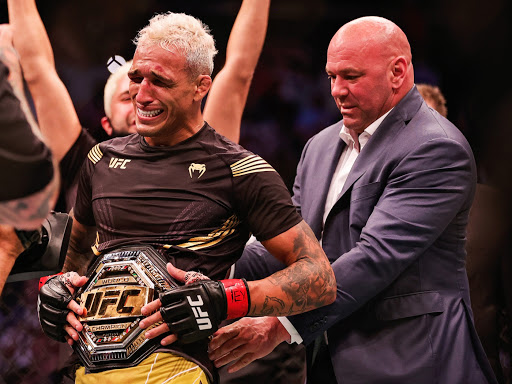 UFC 262: Charles Oliveira stops Michael Chandler, claims lightweight title