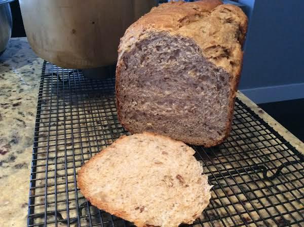 Doug's Favourite Honey Nut Oatmeal Bread Recipe