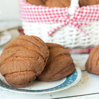 Mexican Sweet Bread - Conchas.