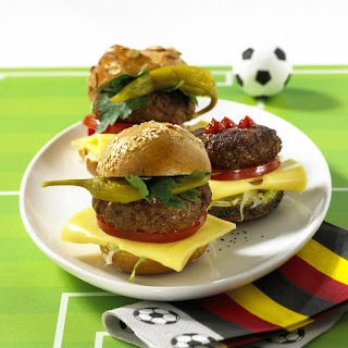 Spicy Cheeseburgers