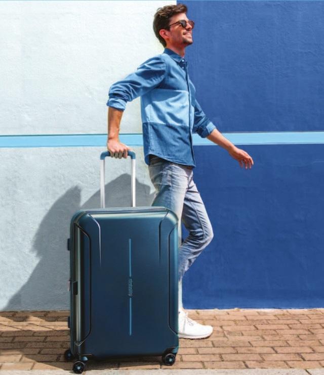 Một chiếc vali du lịch cao cấp góp phần tô điểm phong cách thời trang của bạn!