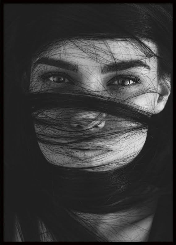 Eyes, Poster