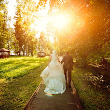 Wedding photographer Sergey Emelyanov (sunphoto). Photo of 06.03.2014