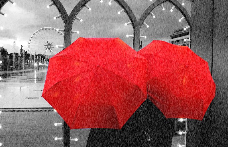 Pluie a Nice. di Naldina Fornasari