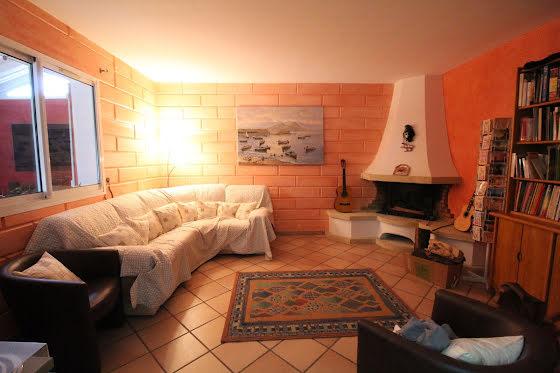 Vente villa 9 pièces 230 m2