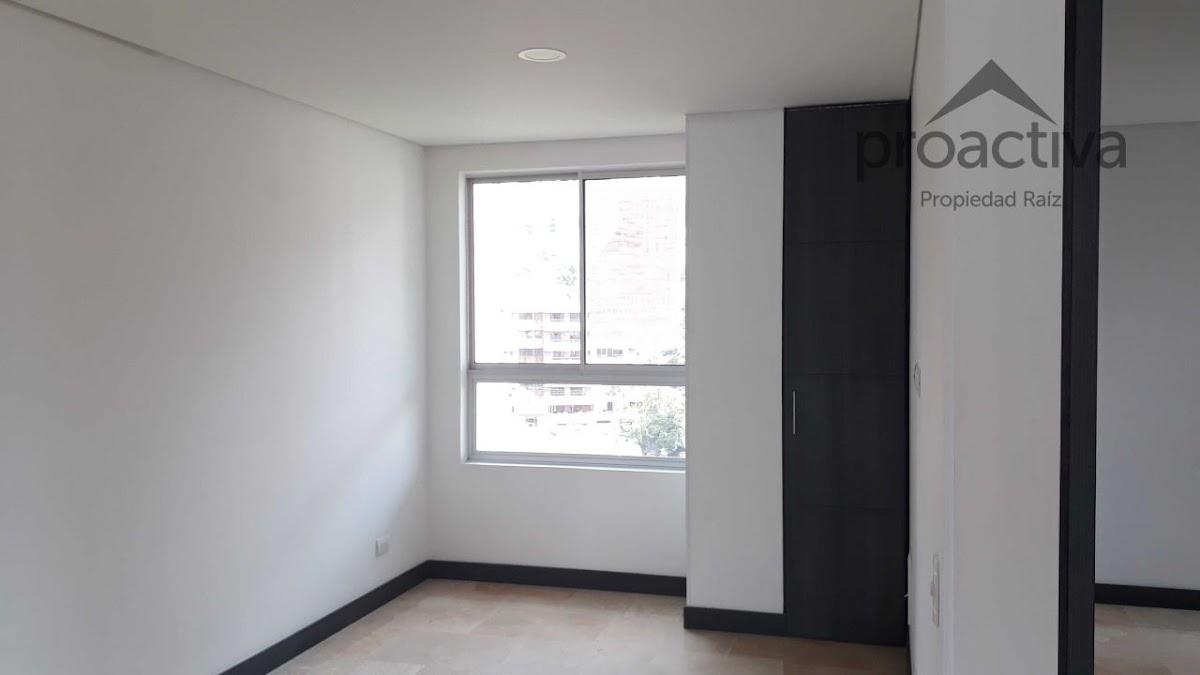 apartamento en arriendo poblado 497-7233