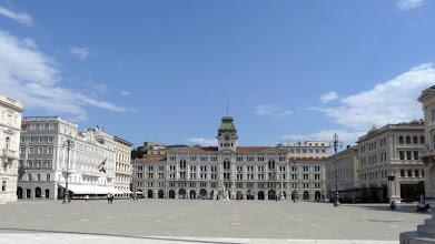 Photo: Triest, Piazza unita d' Italia