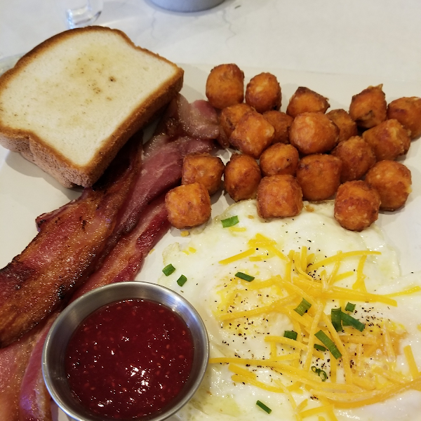 Classic breakfast..GF toast! they do not have dedicated fryers..but i am intolerant not celiac so tried the sweet potato tots.