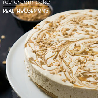Skinny Caramel Toffee Ice Cream Cake with Oatmeal Cookie Dough Crust