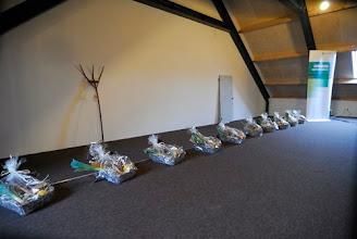 Photo: presentjes voor de sprekers en bijzondere gasten, met producten uit onze eigen moestuin