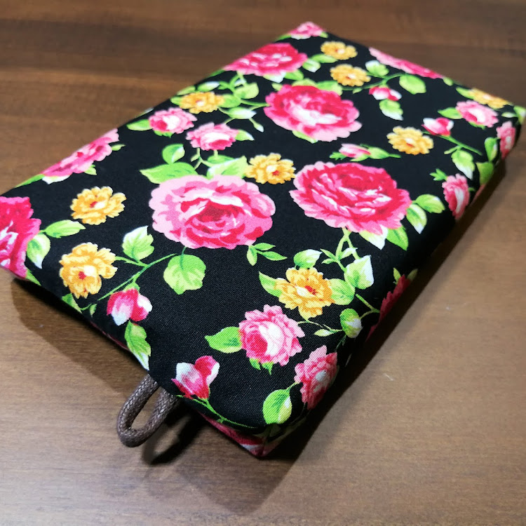 TISSUE POUCH with COVER 005