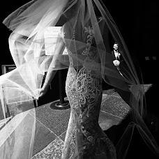 Wedding photographer Dmitriy Feofanov (AMDstudio). Photo of 12.12.2017