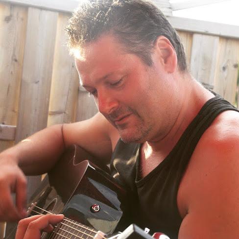 Björn Ozo Samuelsson - trubadur