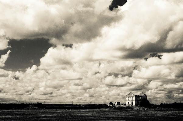 In the cloud. di Alessi Natascia