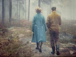 Photo: Brita-Kajsa och Nils Sjöberg vid fritidshuset i Acksjön, Molkom Värmland 1969