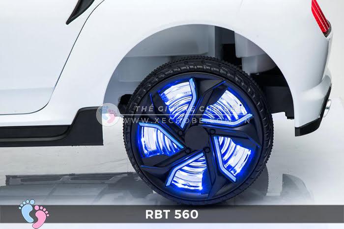Xe hơi điện cho bé RBT-560 11