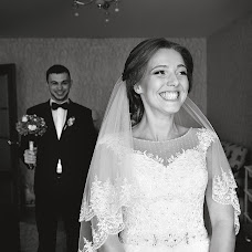 Wedding photographer Yaroslav Limonov (limonovyar). Photo of 29.01.2016