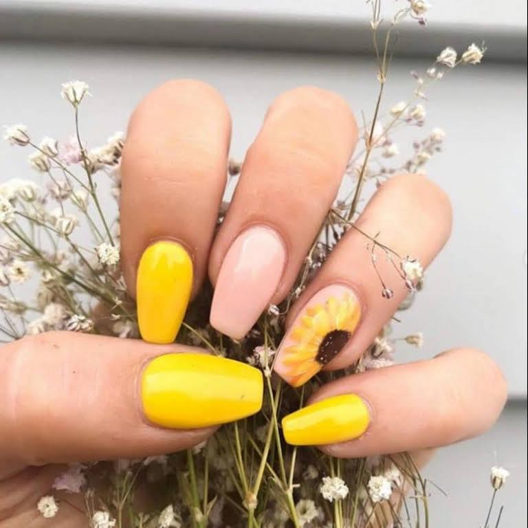 Sunflower Nail Arts