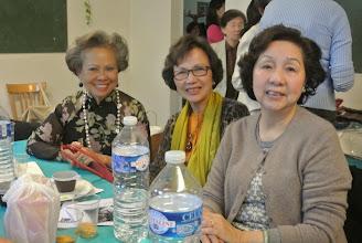 Photo: Chi Bao Anh, chi Doan Thu, chi Le Van