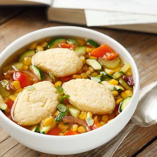 Gemüse-Suppentopf mit Grießnockerln