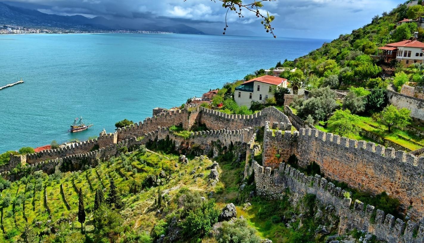 Горящие туры в Аланию в Турцию