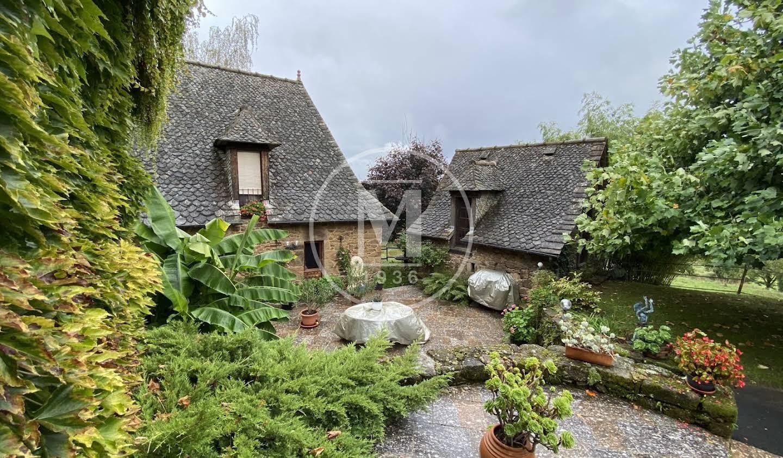 Maison avec piscine et terrasse Entraygues-sur-Truyère
