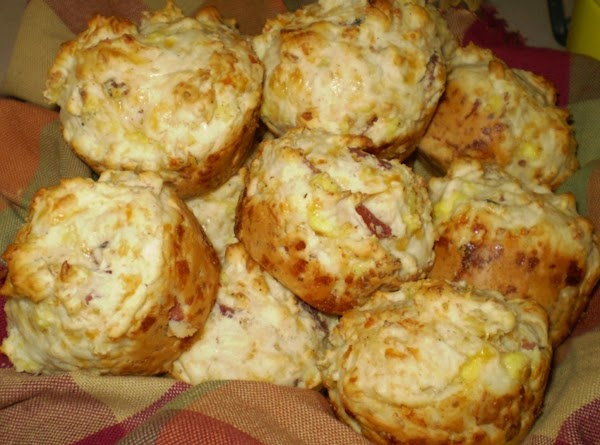 Breakfast Biscuit Muffins Recipe