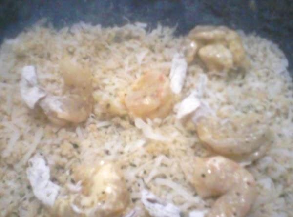 Roll shrimp in coconut bread crumbs
