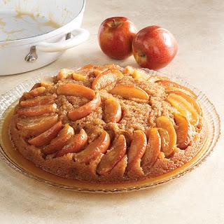 Caramel-Apple Skillet Cake