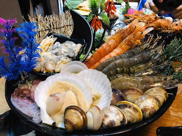 煮火鍋。種類豐富、湯頭美味、海港市區內的平價鍋物