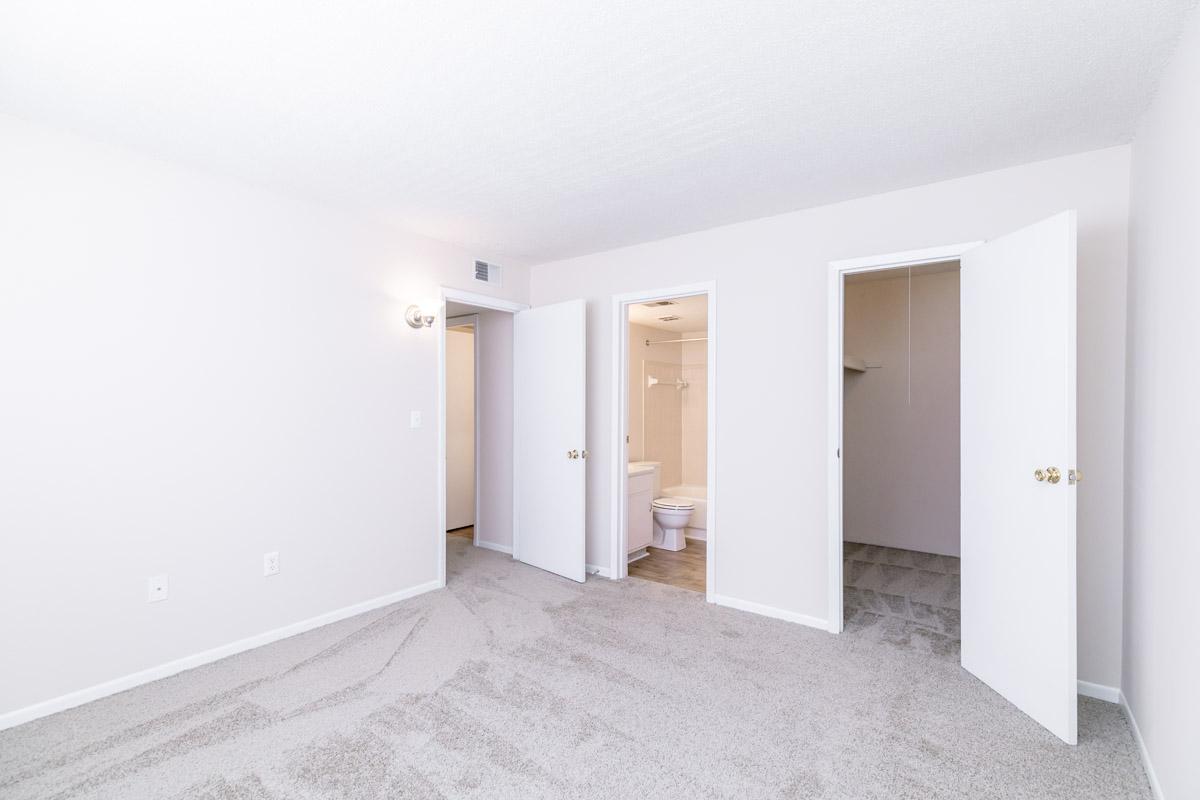 Three Bedroom 3 Bed 2 Bath Allandale Falls Apartments