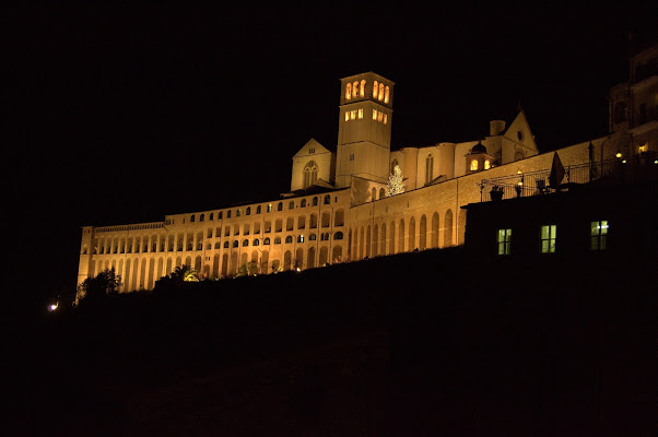 Assisi in notturna... di magalasspht