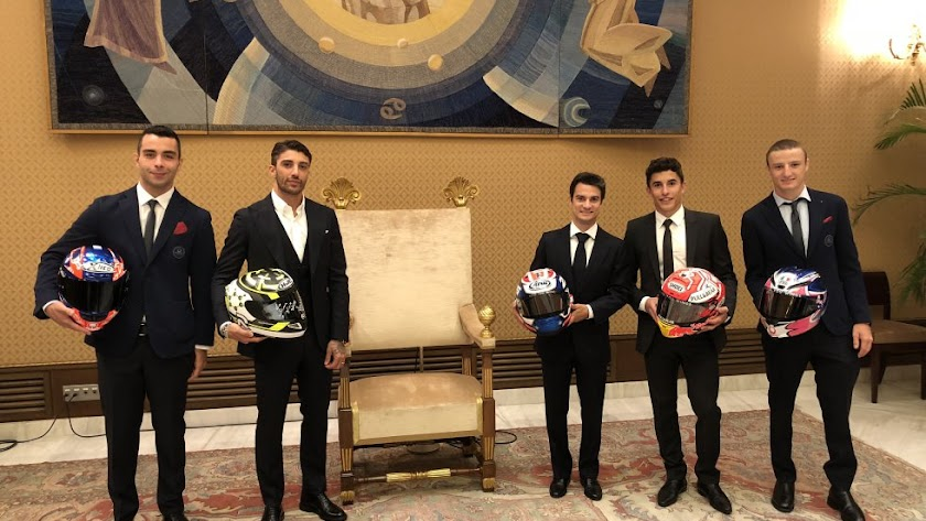 Los pilotos de MotoGP  visitan al Papa