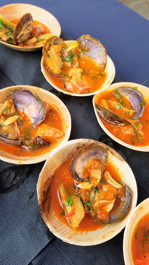 Review of Feast PDX Smoked 2017, Tom Douglas and Matthew Fortner of Lola Seattle with Fire Roasted Clams with Bristol Bay Sockeye & Smoked Pork Jowl