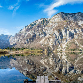 Bohinj lake in Triglav National Park, Slovenia by Péter Mocsonoky - Landscapes Waterscapes ( reflection, europe, mountain, colorful, travel, valley, landscape, jezero, alpine, mountains, nature, fresh, autumn, julian, bohinjsko, bohinj, alps, water, park, national, beautiful, tourism, lake, forest, scenic, slovenian, environment, season, color, fall, background, slovenia, outdoor, summer, view, scenery, natural, triglav )
