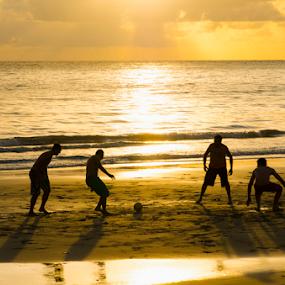 Pelada by Claudio Maranhao - People Street & Candids ( praias, futebol, pernambuco,  )