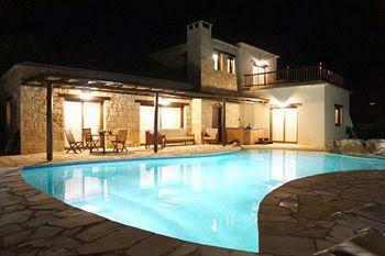 Lithos Holiday Villas