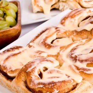 Fluffy Slow-Cooked Cinnamon Rolls