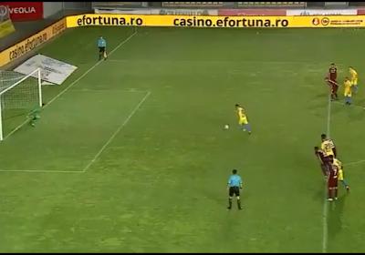 🎥 Penalty manqué à trois reprises, gardien exclu: le partage miraculeux du Rapid Bucarest
