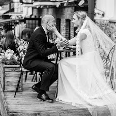 Wedding photographer Marina Goncharova (mari18wedPhoto). Photo of 17.08.2017