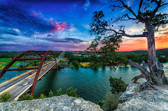 Photo: Here's a photo for #sunsetsaturday . This has to be one of the most (if not the most) photographed location in Austin, Texas. It's definitely a wonderful place to watch the sunset!  #Austin  #Texas  #360bridge  #sunset
